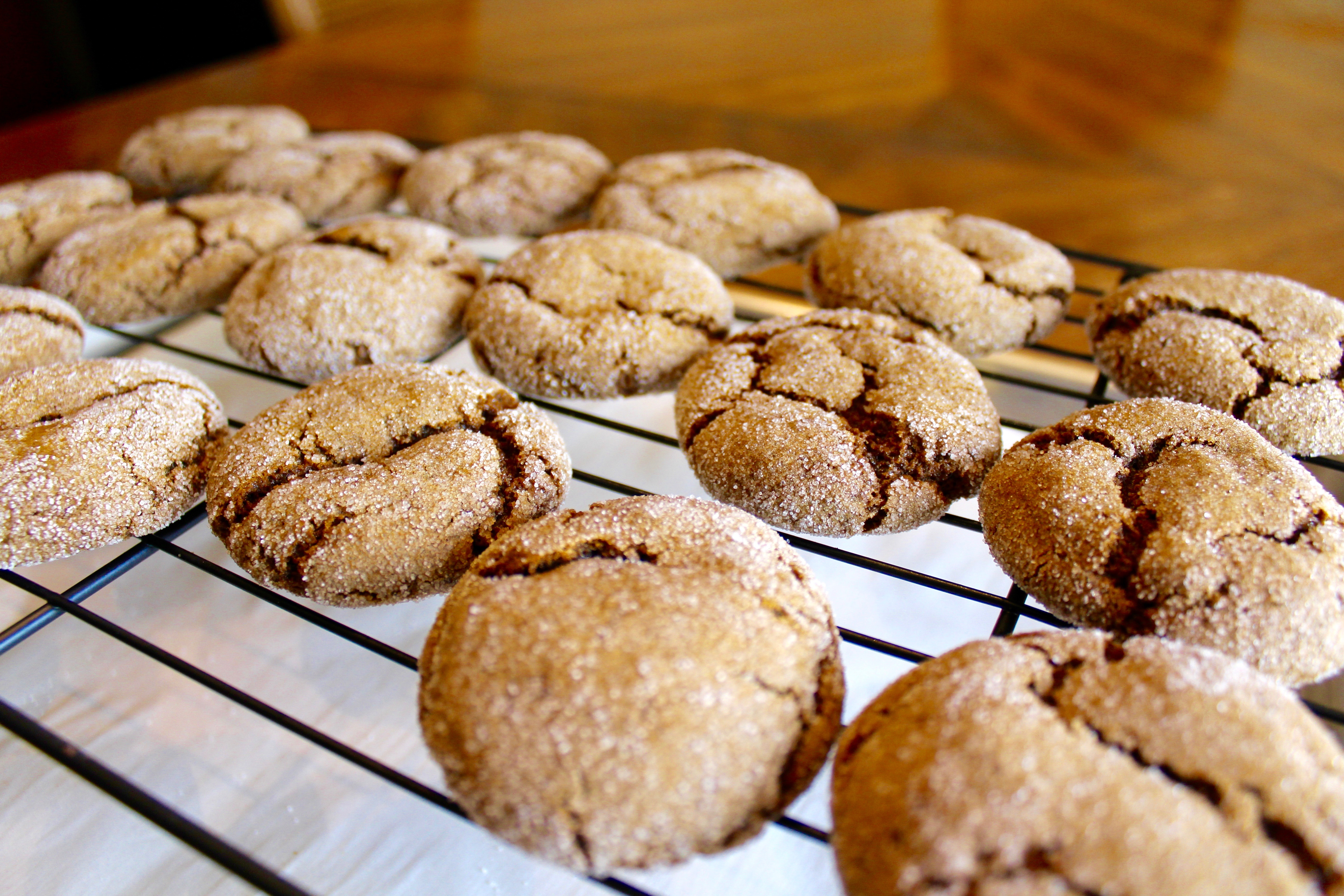 Vegan Ginger Molasses Cookies | Nuts About Greens