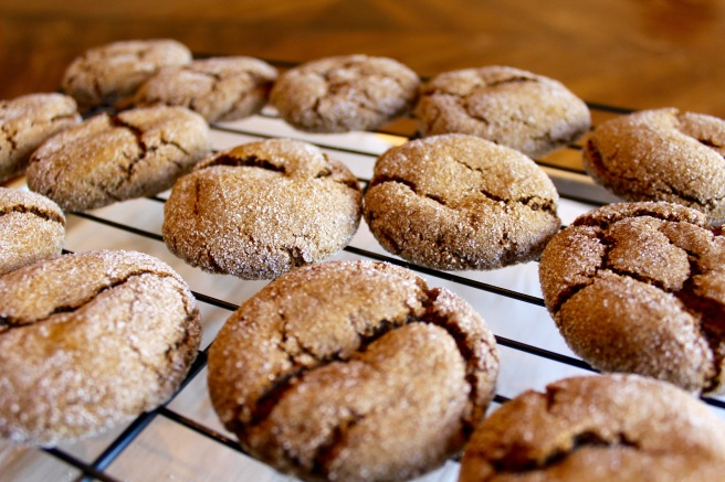 vegan ginger molasses cookies makes about 20 cookies